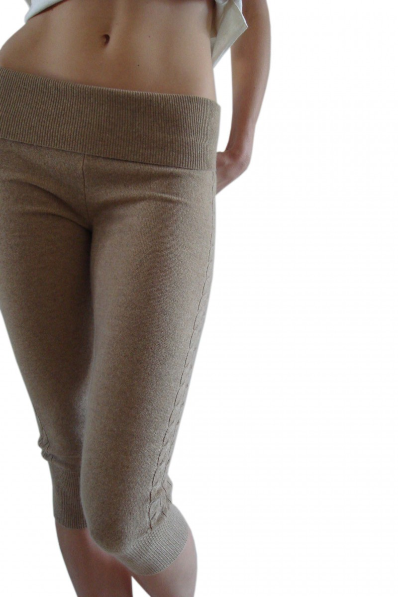 3/4 Leggings with Cable detail and Pocket in Cashmere
